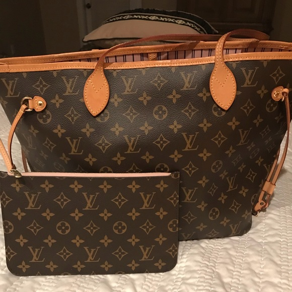 0a394c424ecb Louis Vuitton Handbags - monogram neverfull with Rose Ballerine interior!